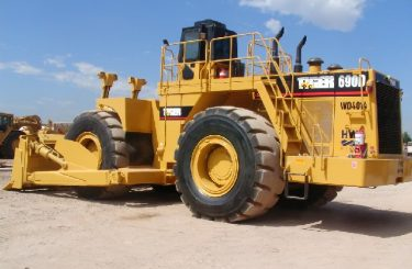 cat wheel dozer for rent